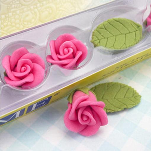 Zuckerrosen pink mit Blättern