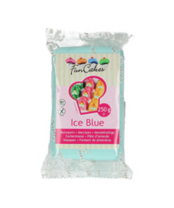 Mandelhaltige Zuckerpaste hellblau