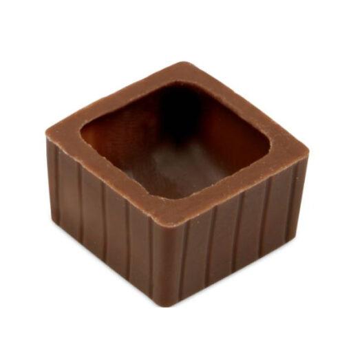 Pralinen Hohlkörper quadratisch aus Vollmilchschokolade